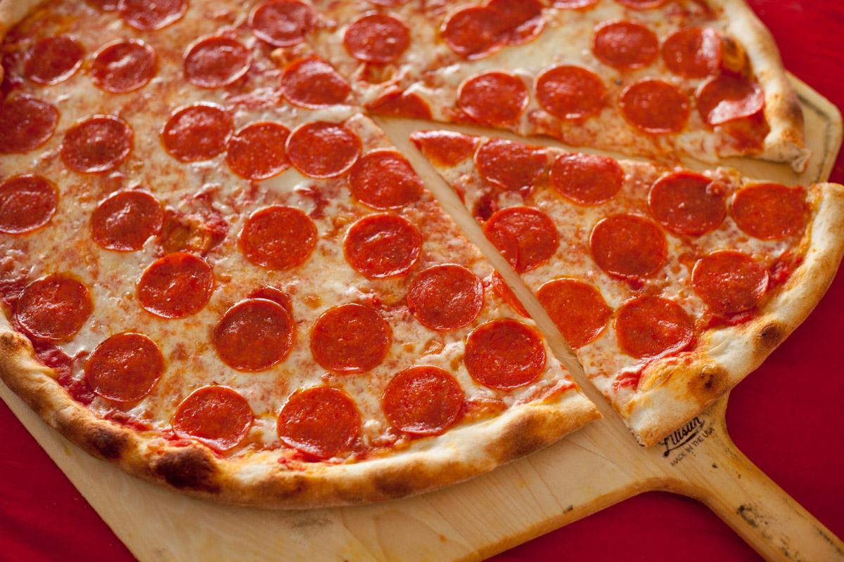 'Joe's pizza-20140904-7806-Edit' from the web at 'http://lauratogut.com/wp-content/uploads/2015/02/Joes-pizza-20140904-7806-Edit.jpg'